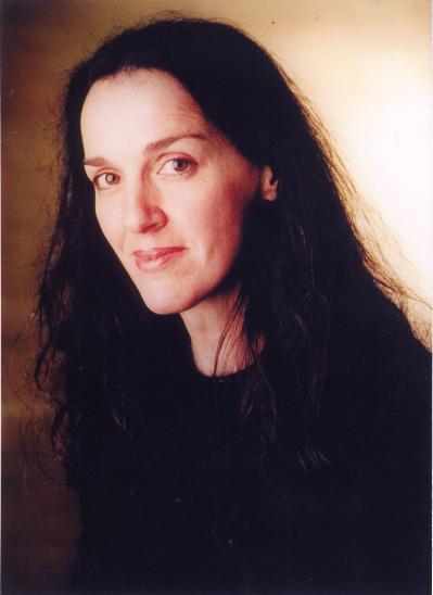 Stephanie 300dpi (2).jpg
